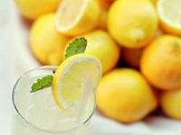 Полезные качества лимонного сока