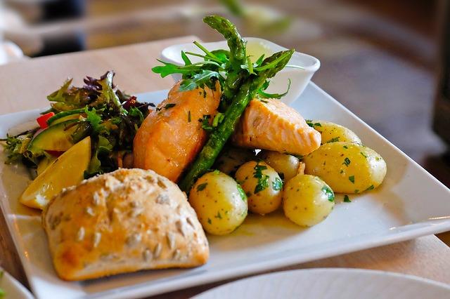 Несколько рецептов вкусных блюд с картофелем и рыбой