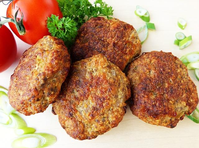 Зразы мясные сочные с овощной начинкой