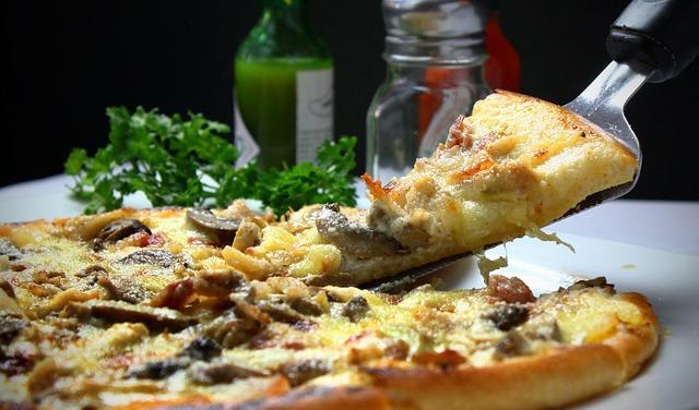 Как приготовить необычную рыбную пиццу