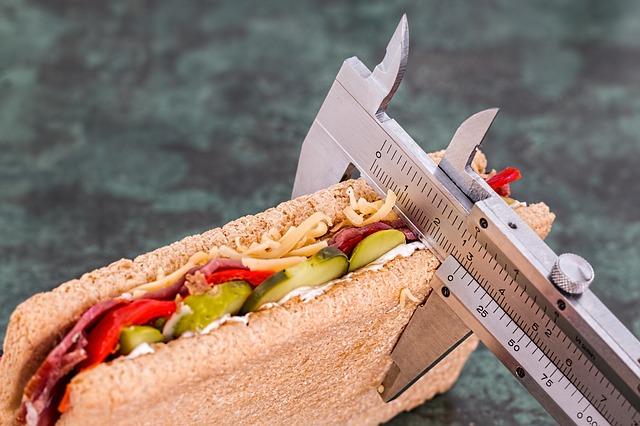 Как правильно рассчитать свою норму калорий